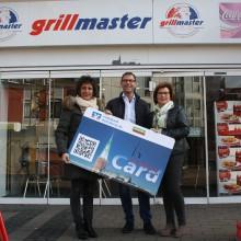 Punktekönigin aus der Nachbarschaft – Grillmaster gratuliert zu 10.000 Bonuspunkten